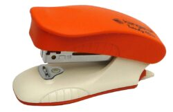 sešívačka K Trendy 10M mini oranžová 10l/No.10-kovová sešívačka s plastovými doplňky